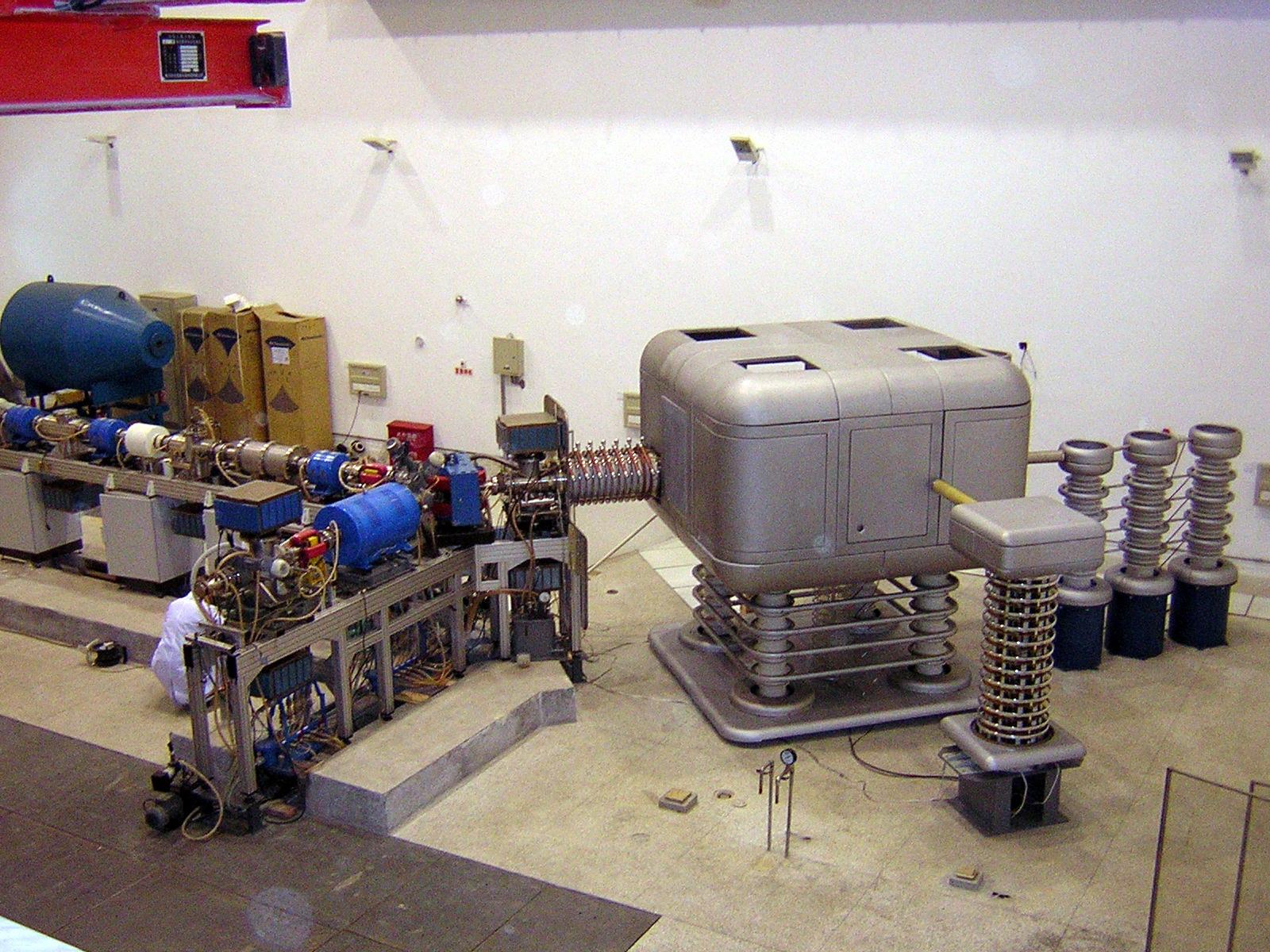 Generator NG-12-2
