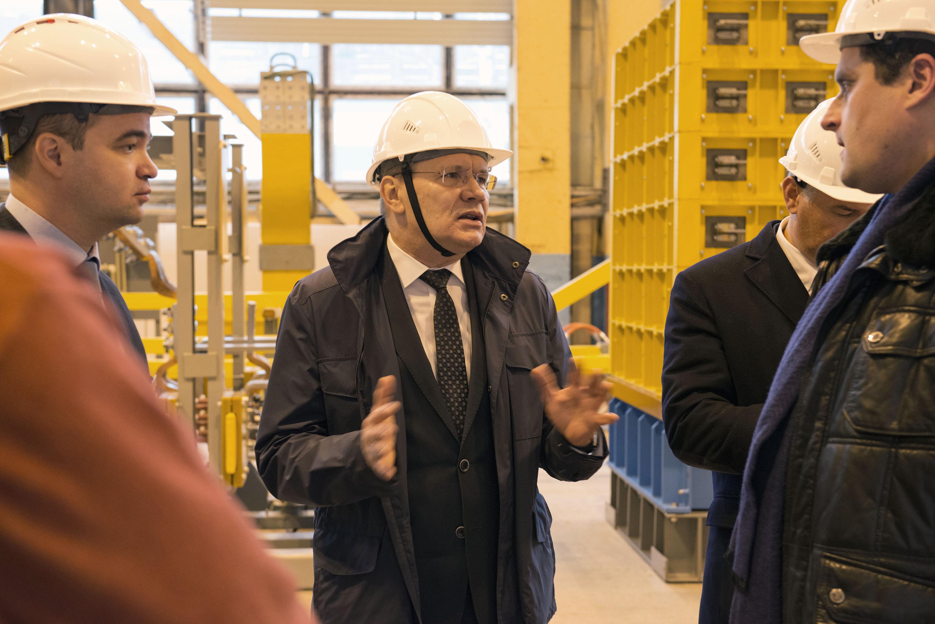 Визит главы Росатома А.Е.Лихачёва в НИИЭФА 8.11.2019